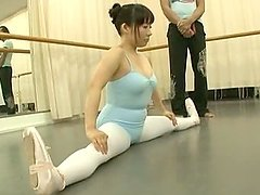 Horny Japanese girl gets fucked hard at ballet lesson