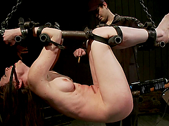 Bondage device has a machine to fuck Seda