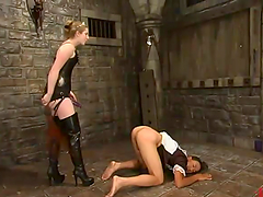 Princess Kali troments a guy called Saba and fucks him with a toy