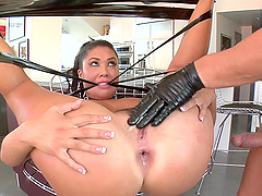 A dominate guy roughly fuck Asian babe London Keyes