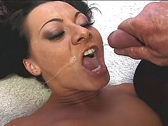 Sandra Romain's asshole gets toyed and dicked before a facial