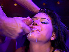 Eva Angelina's gaping vagina is all a hunk wants to penetrate