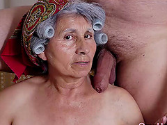 Matures and grannies pictured while enjoying sexual life naked and sexy