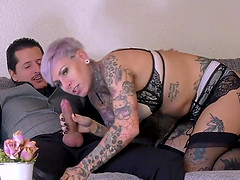 Tattooed German babe likes it rough