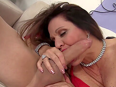 Perfect Hardcore Drilling for Mature Brunette Leylani Wood
