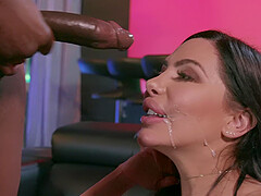 Big round ass stripper Lela Star takes black cock and a cumshot
