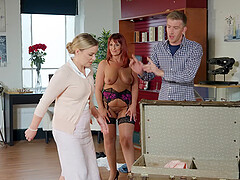 passionate milf Beau Diamond is the real master of hard sex with a stranger