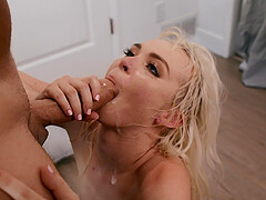 For Lilly Bell the best way to finish her sex tour is a facial