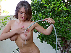Horny Krissy Lynn gets her unshaved pussy pleased by her lover