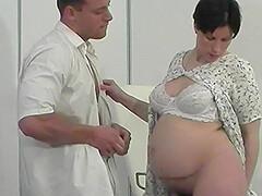 Porno caliente follar a una mujer embarazada