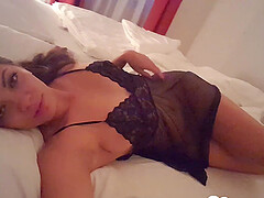 Brunette girlfriend records herself in her bed